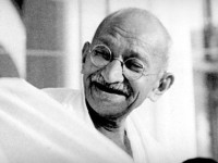 1395789529-4-critical-traits-great-leaders-mahatma-gandhi