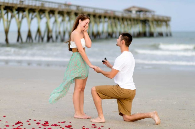 engagement-proposal-myrtle-beach-state-park-young-couple009