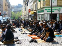 73-of-French-People-Hold-a-Negative-View-of-Islam-Poll