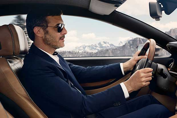 bmw-pininfarina-gran-lusso-coupe-concpetinterior-view-with-driver